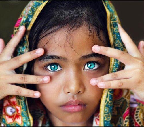 Blue Eyed Indian Girl Most Beautiful Eyes Gorgeous Eyes