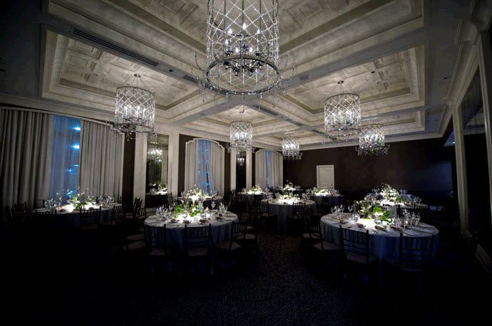Luxe Downtown Chicago Winter Wedding How To Get The Look Onewed