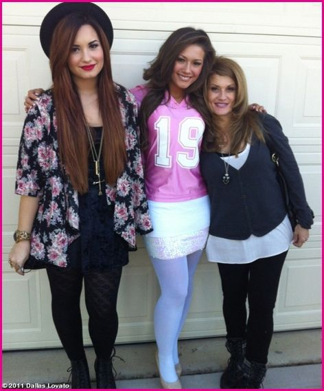 Demi Lovato and dallas lovato  | happy birthday to Demi Lovato's older sister Dallas Lovato ! Dallas ...