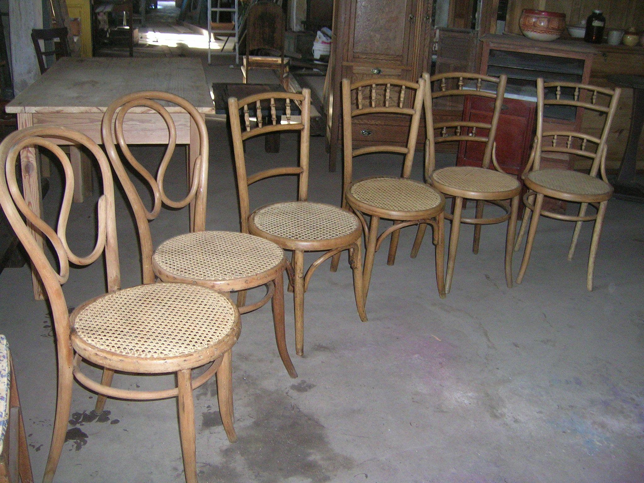 Sillas de viena restauradas y esterilladas muebles - Mesas de comedor restauradas ...