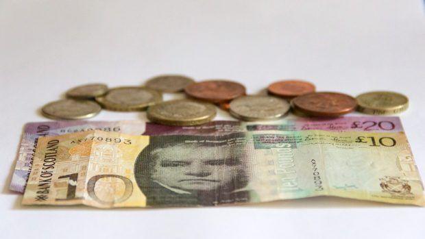 Geld wechseln für den SchottlandUrlaub Schottland