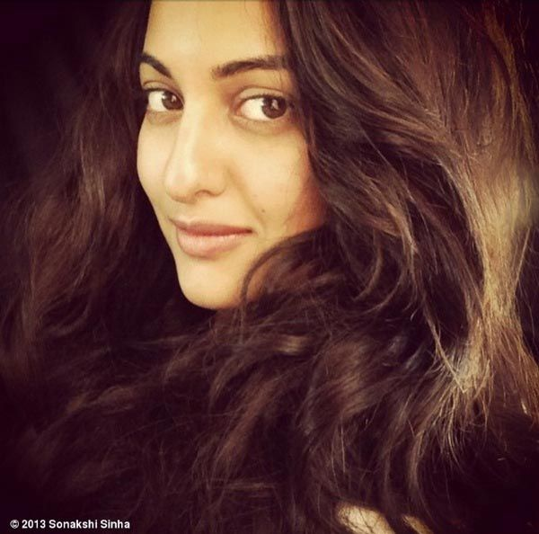 In Focus Sonakshi Sinhas Without Makeup Look (With images ...