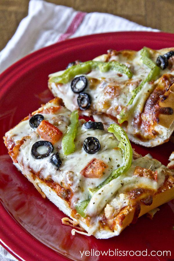 French Bread Pizza - Dinner's in 20 | Recipe | DIY Ideas ...