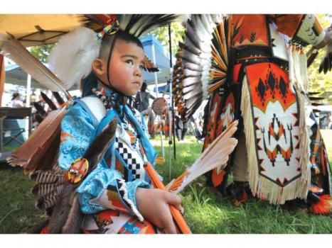 10 of the Cutest Kids in Pow Wow Regalia - ICTMN.com