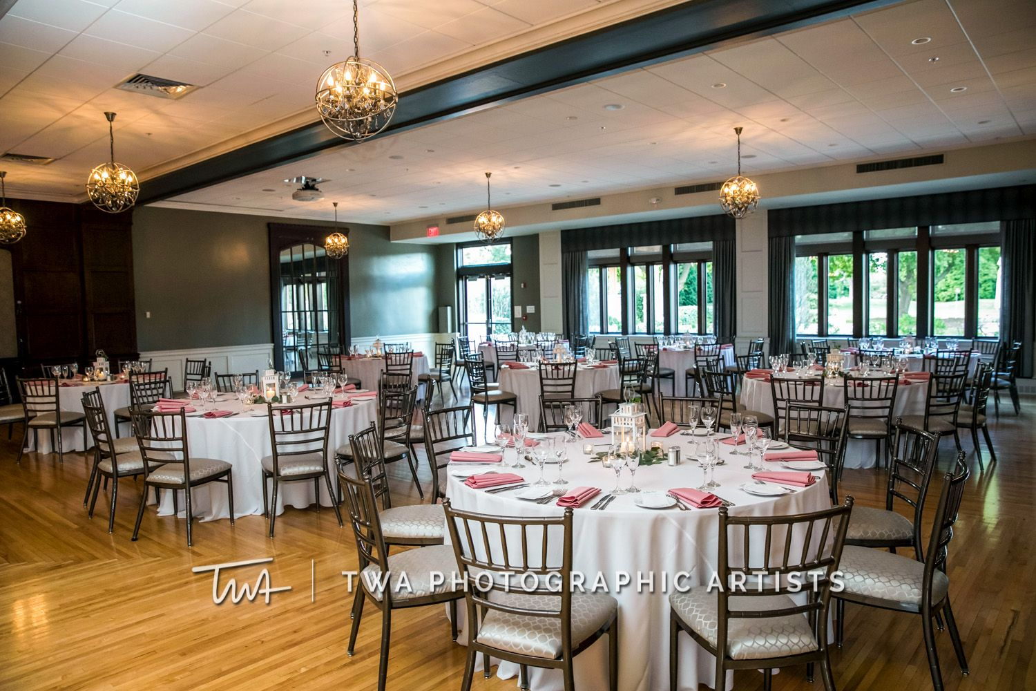 Twa Photographic Artists Weddings At Chevy Chase Click The Photo To See Our Website Photographic Artist Chevy Chase Country Club Chevy Chase