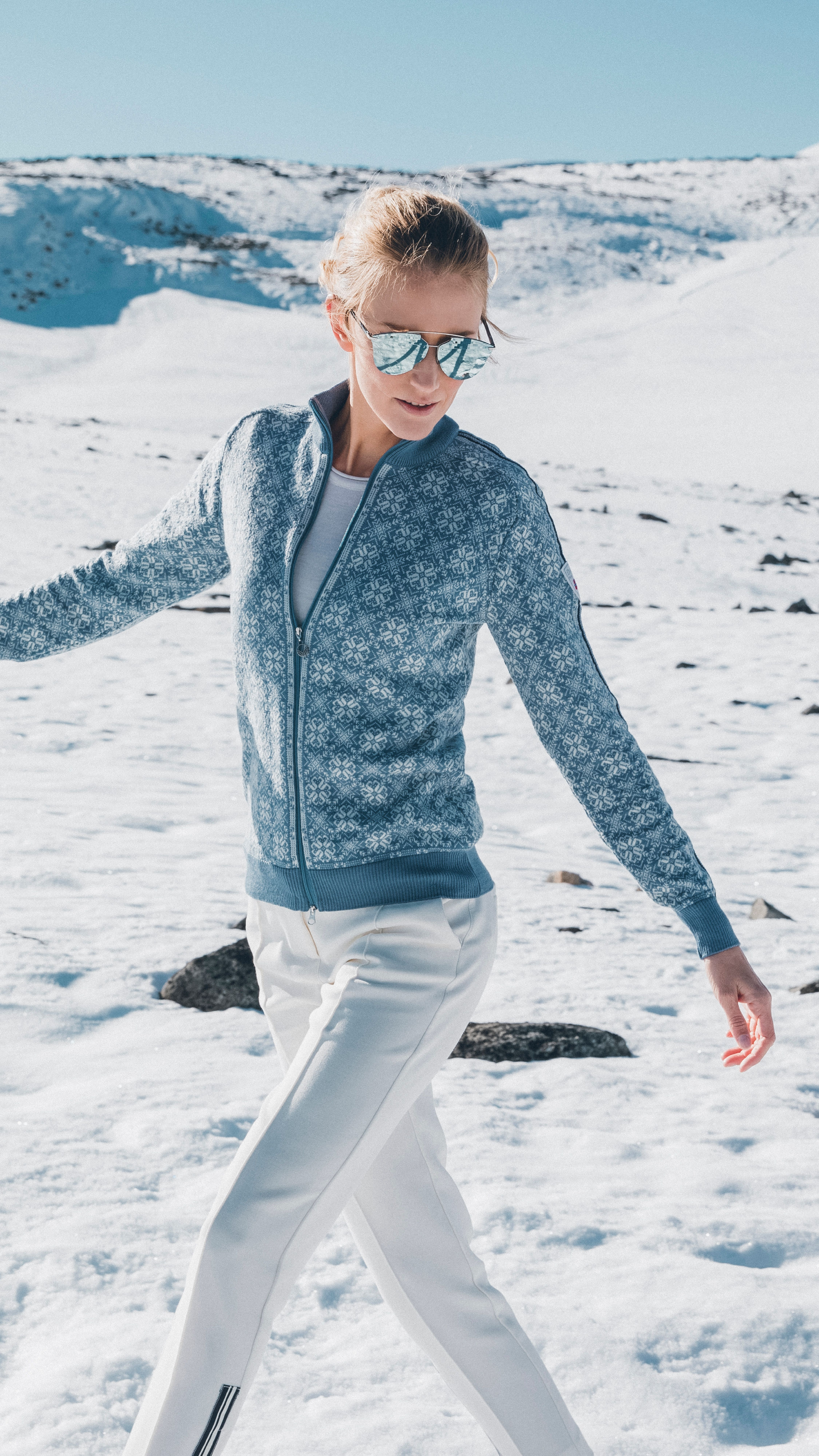 0ce14b6293a1 Hit the slopes in style with Frida women s jacket. Shop now at ...
