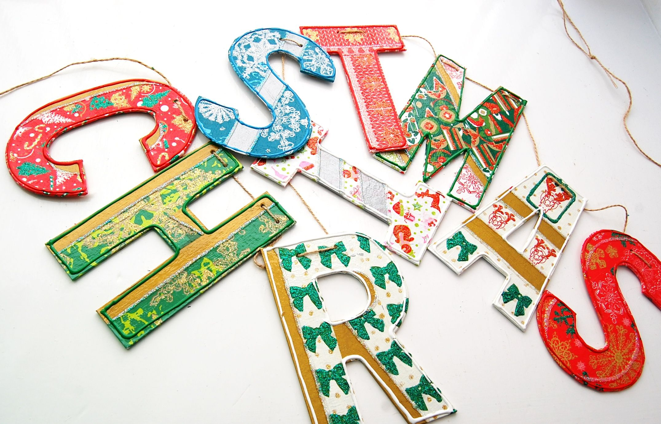 Paint Your Own Christmas Garland, Banner, Bunting Made From Papier