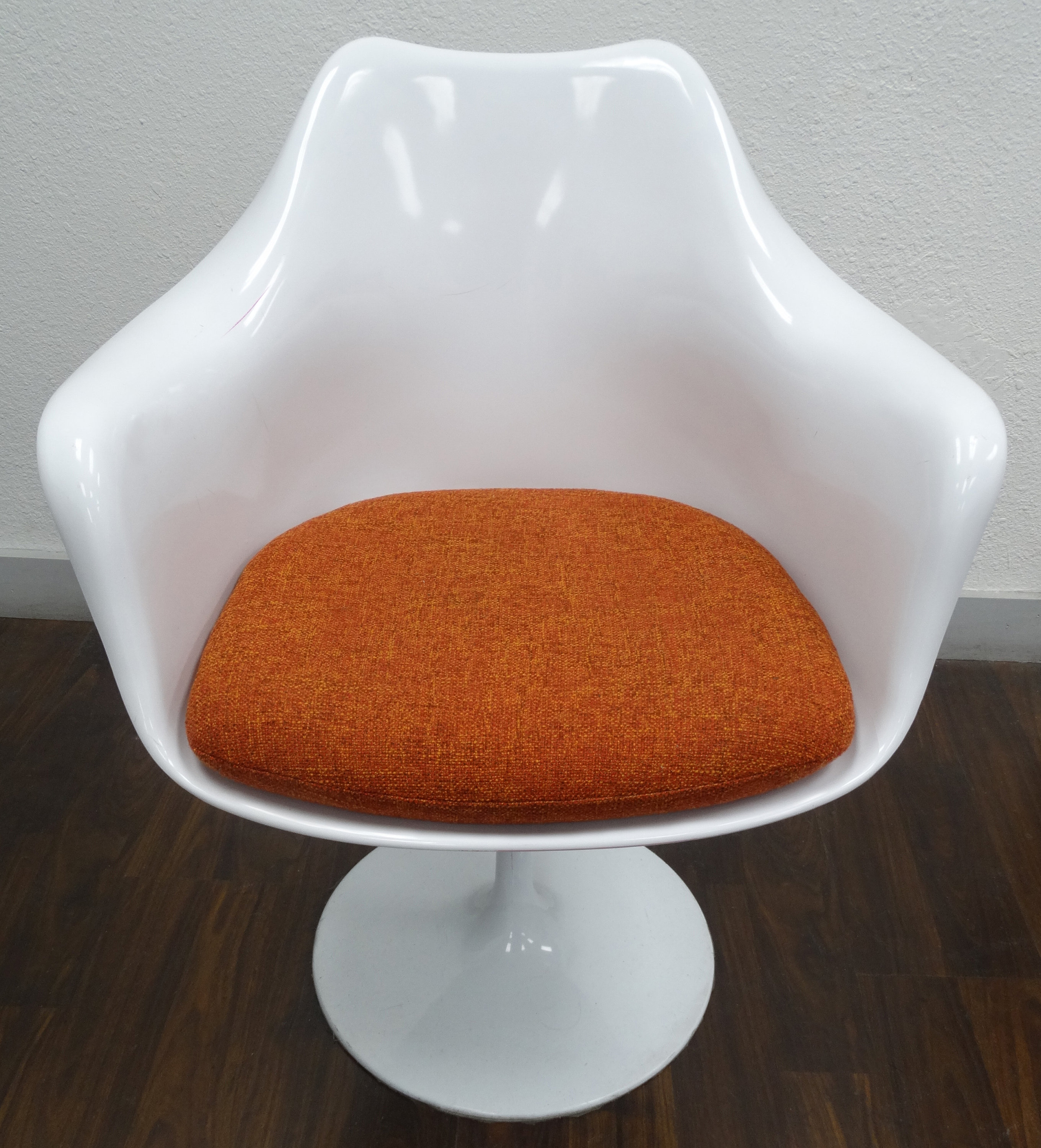 Replacement Cushion For Saarinen Tulip Arm Chair Upholstery