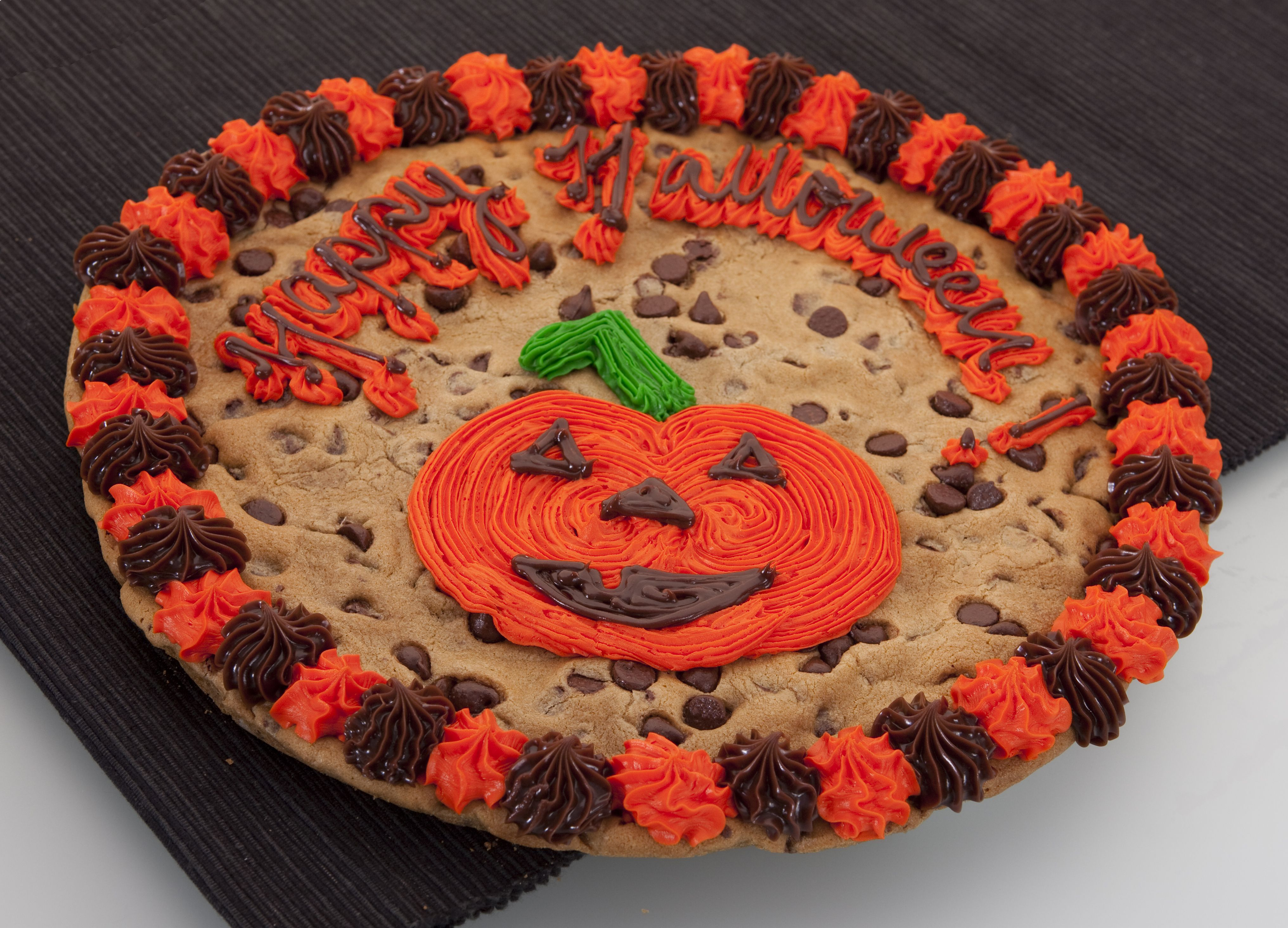 Pin By Eva Markakis On Acme With Images Halloween Cookies