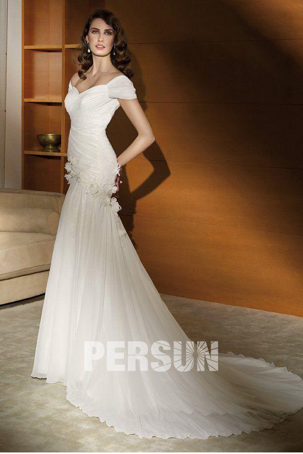 Robe de mari e en dentelle sir ne d collet e en coeur for Concepteurs de robe de mariage australien en ligne