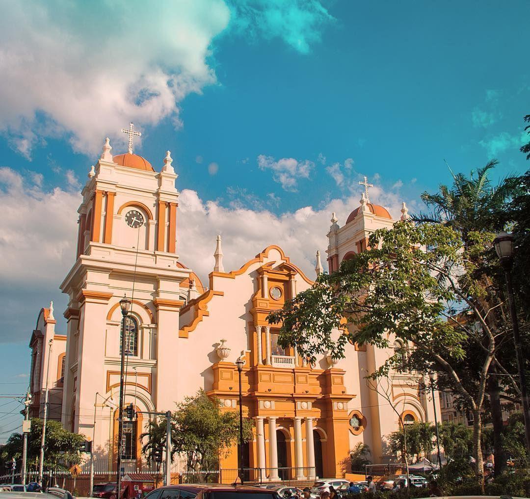 La Catedral Metropolitana De San Pedro Sula Descubrehonduras Honduras Sanpedrosula La Catedral Metropolitana De In 2020 San Pedro Honduras San Pedro Sula Honduras