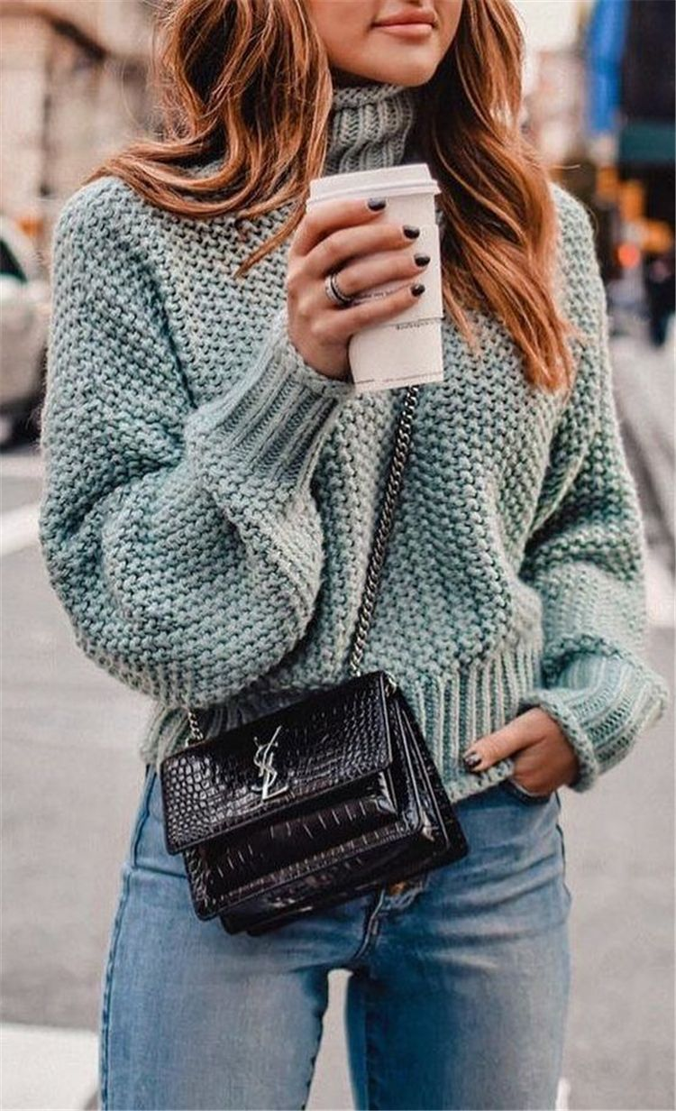 50 Trendy And Comfortable Winter Sweater Outfit Ideas You Should Copy Right Now - Page 14 of 50 #edgyclothing