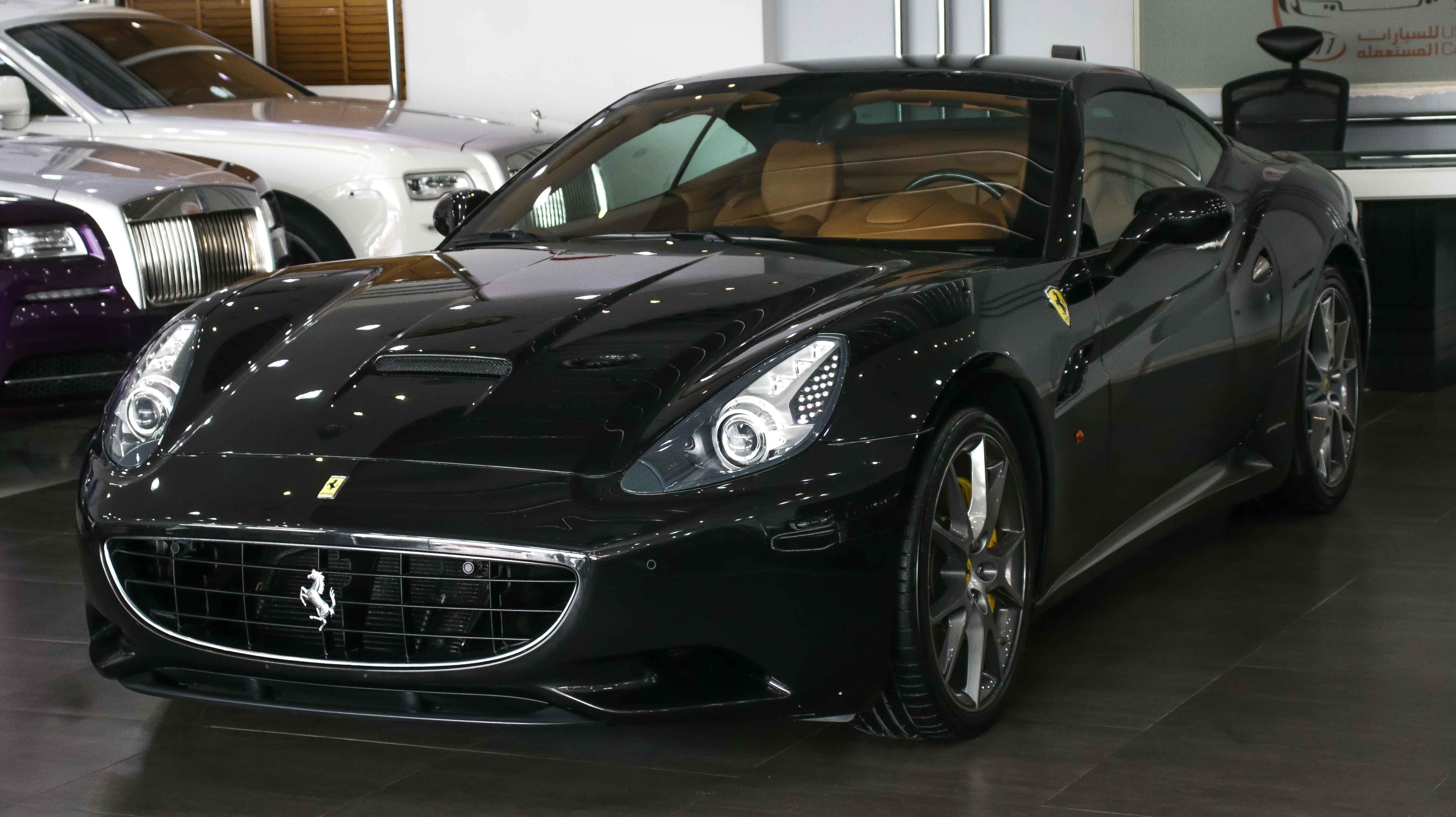 Model Ferrari California Year 2010 Km 16 000 Price Uae