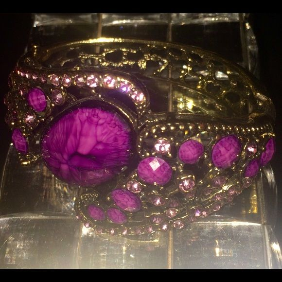 PURPLE STONE BRACELET CUFF Purple cuff fancy bracelet. Jewelry Bracelets