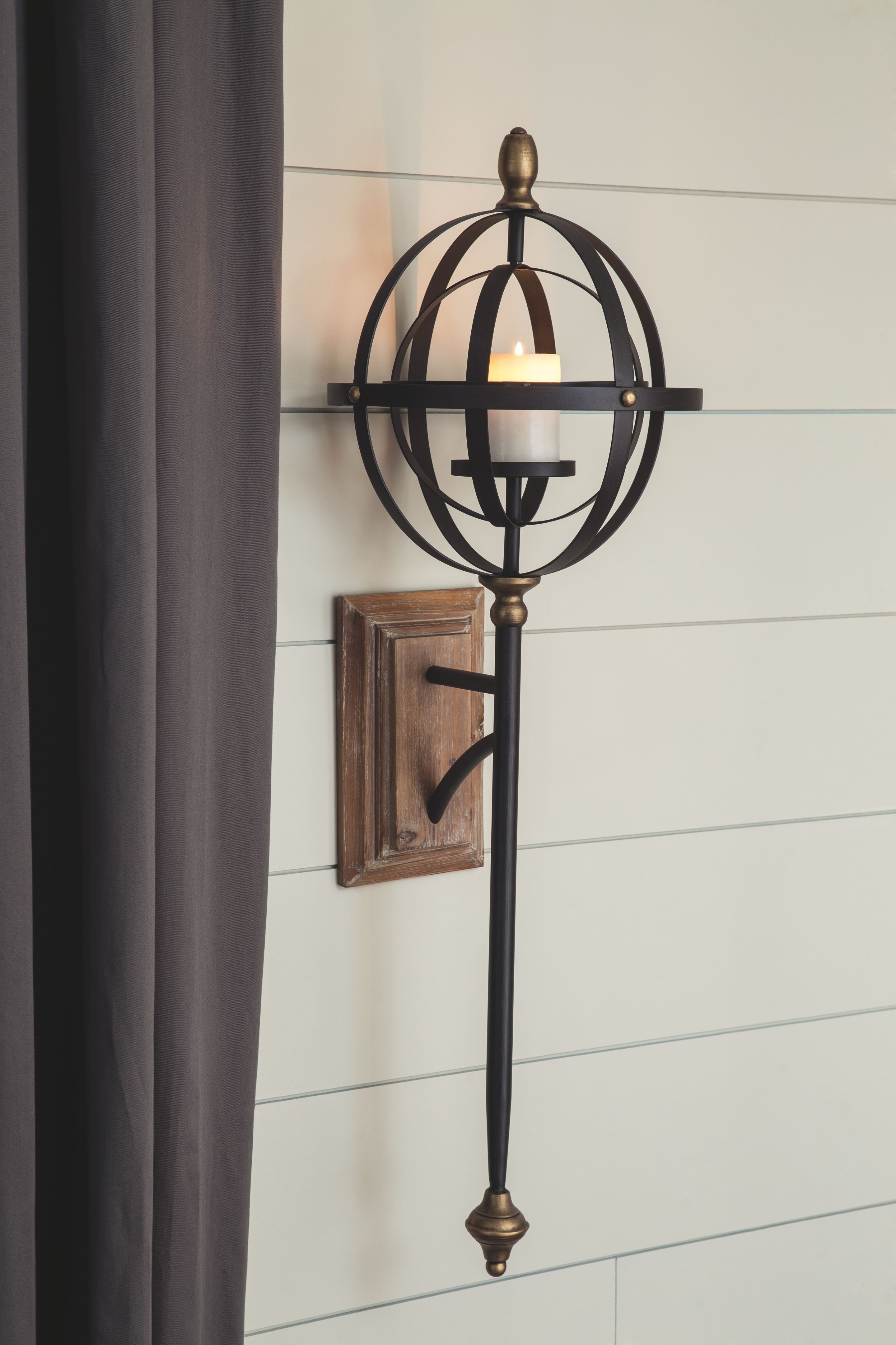 Dina Black Gold Finish Wall Sconce In 2021 Wall Sconces Sconces Wall