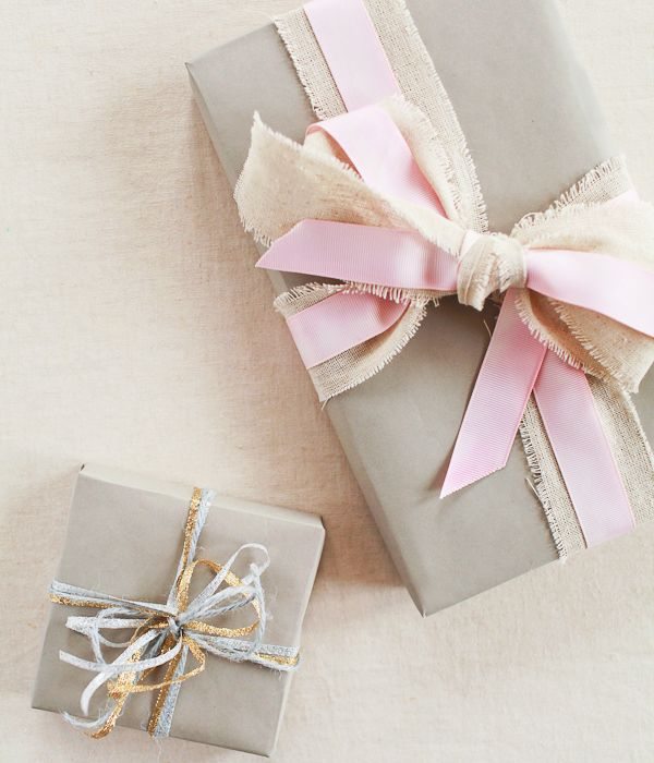 Gift Wrap Tips And Techniques Gifts Gift Wrapping Gift Wrapping Paper