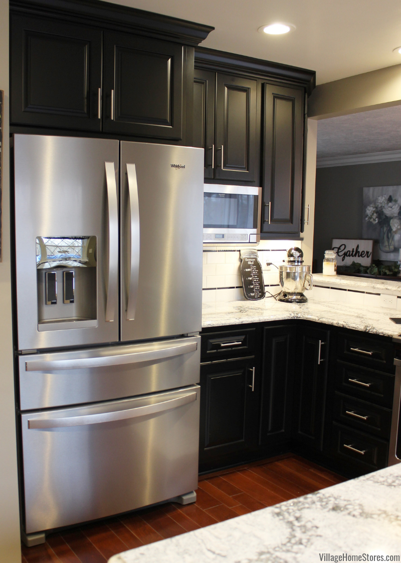 Kitchen With Small Island And Black Cabinets Kitchen Kitchen