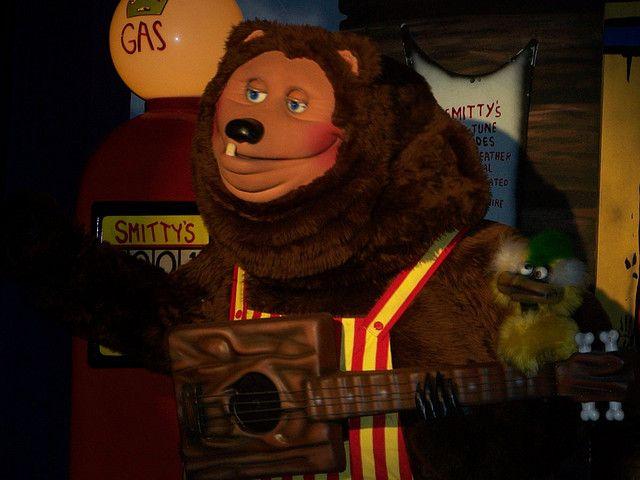 Billy Bob Bear At Showbiz Pizza Zone By Ambimoss Via Flickr
