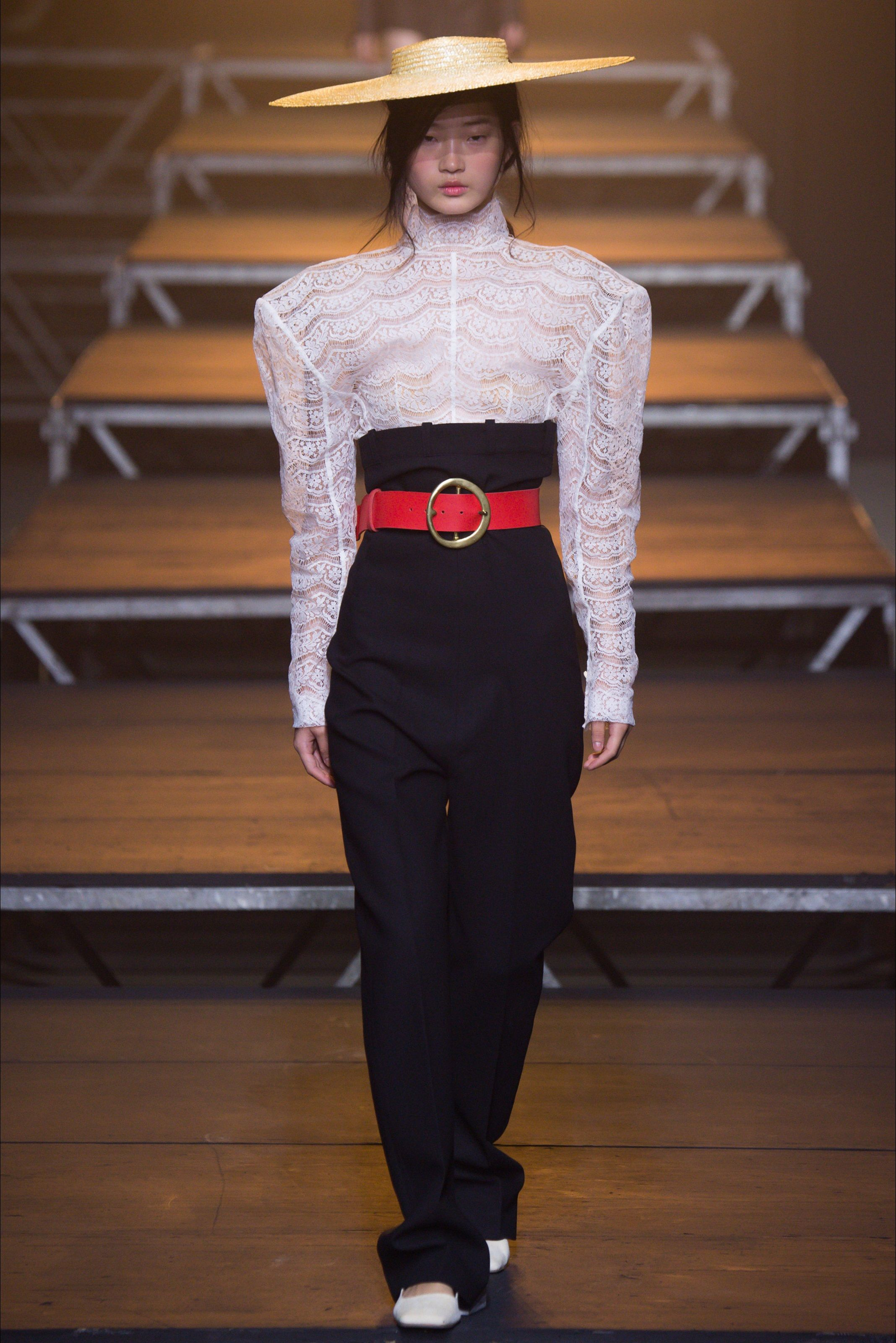 LOVE HAT AND SHOULDER PADS Jacquemus at Paris Fashion Week ...