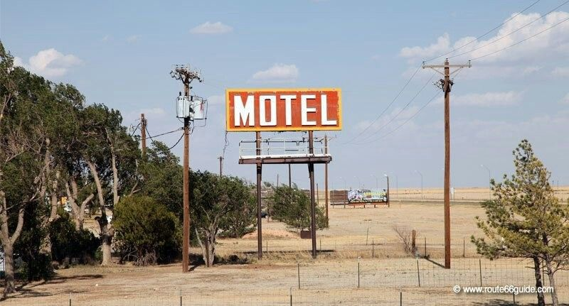 The ghosts of Route 66 - Motels and Gas stations