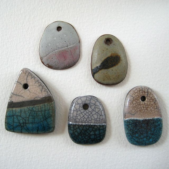 Ceramic pendants in stoneware and raku cermica la forma y ro raku aloadofball Choice Image
