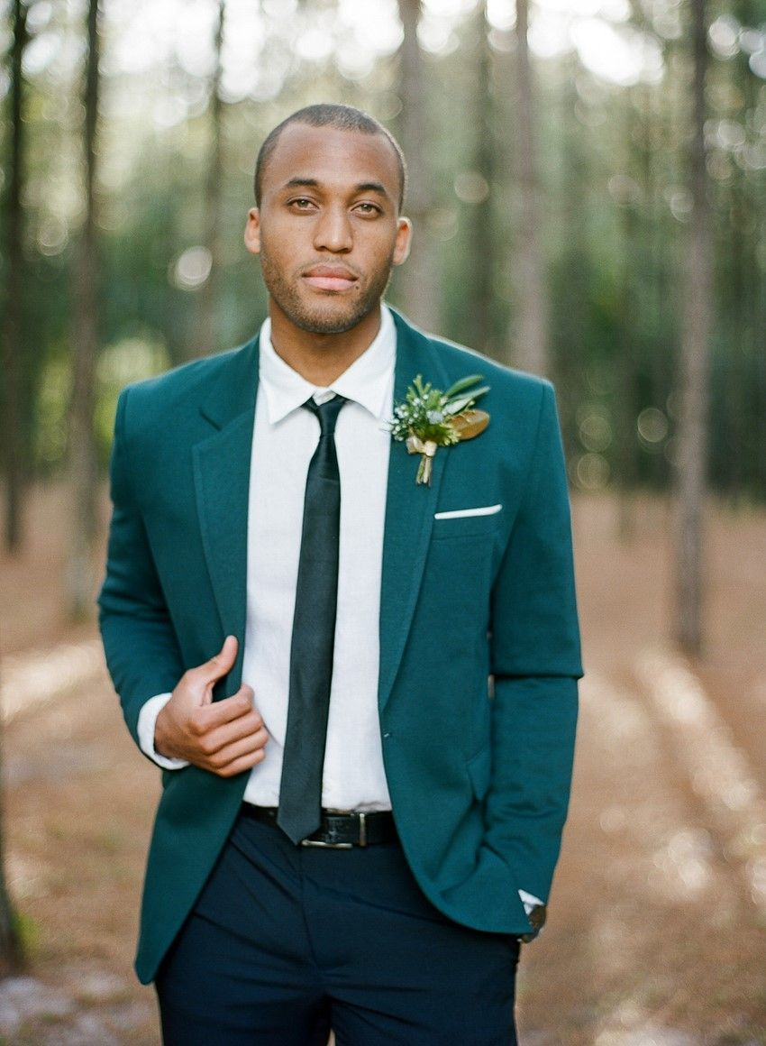 Glamorous Green & Gold Woodland Wedding Inspiration | Grooms ...