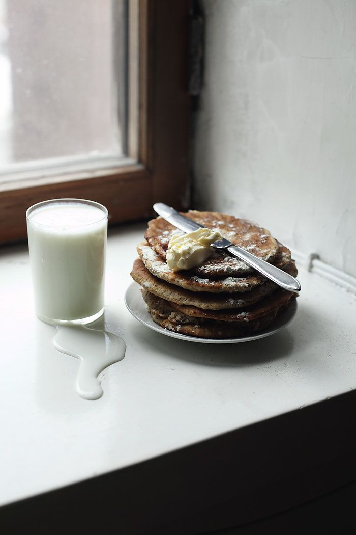 Little Nordic inspired rieska breads with dill and buttermilk    At the breakfast table