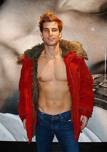Abercrombie model | Guys | Abercrombie models, Shirtless men