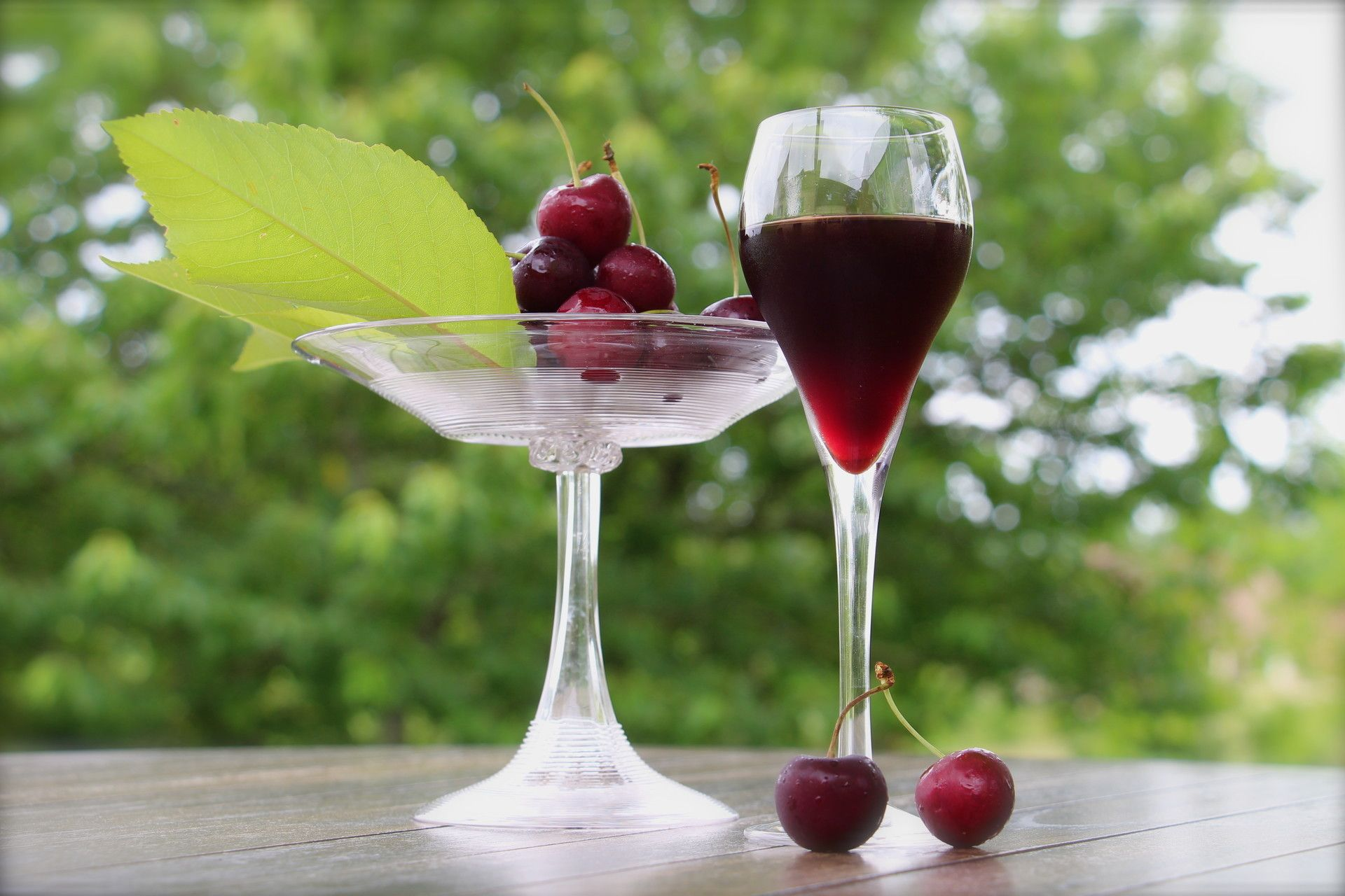 how to make grapes wine