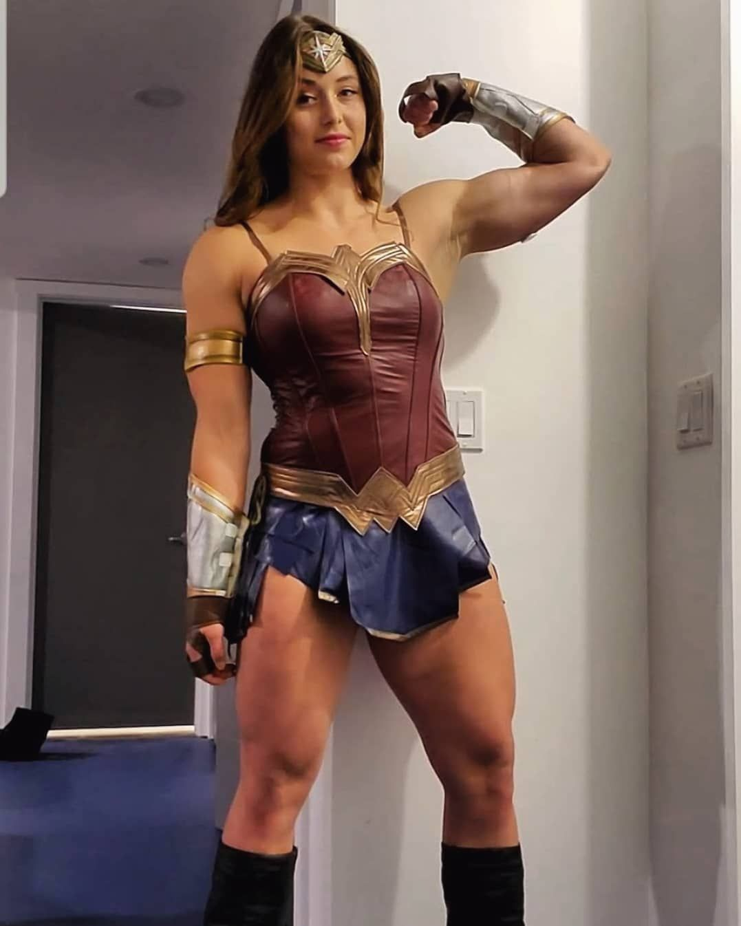 Jessica Buettner On Instagram When You Order From Amazon Prime Vs When You Order From Wish Wonderwoman Cosplay Disapp In 2020 Wonder Woman Strong Women Superhero