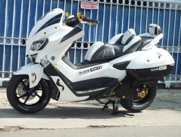 Modifikasi Yamaha Nmax Putih Body Kit Desain Pinterest Yamaha