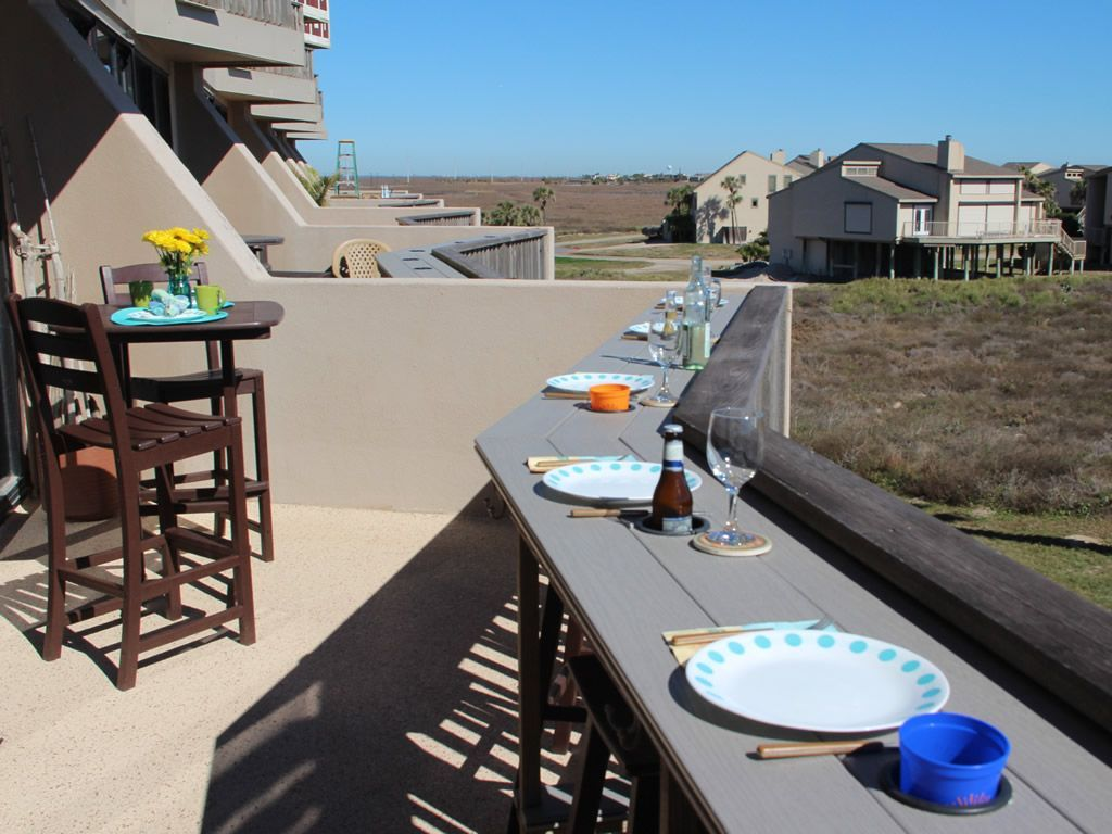 100% Owner Managed! One of the top Vacation Rental Properties on Mustang Island. - Port Aransas