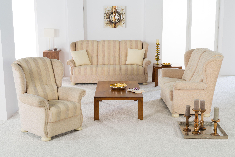 Bezaubernd Hochlehner Sofa Referenz Von Eine Garnitur Die Ihren Namen Auch Verdient,