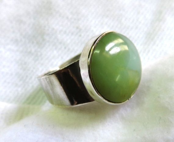 Light green Peruvian Opal set in 950 Sterling silver by Perunz, $44.00