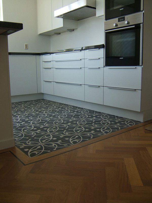 Vaak visgraat parket overgang portugese tegel - Google zoeken   Floors @AP57