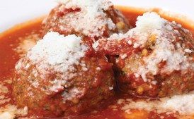 Meatballs: The Spuntino Way / Travis Kauffman