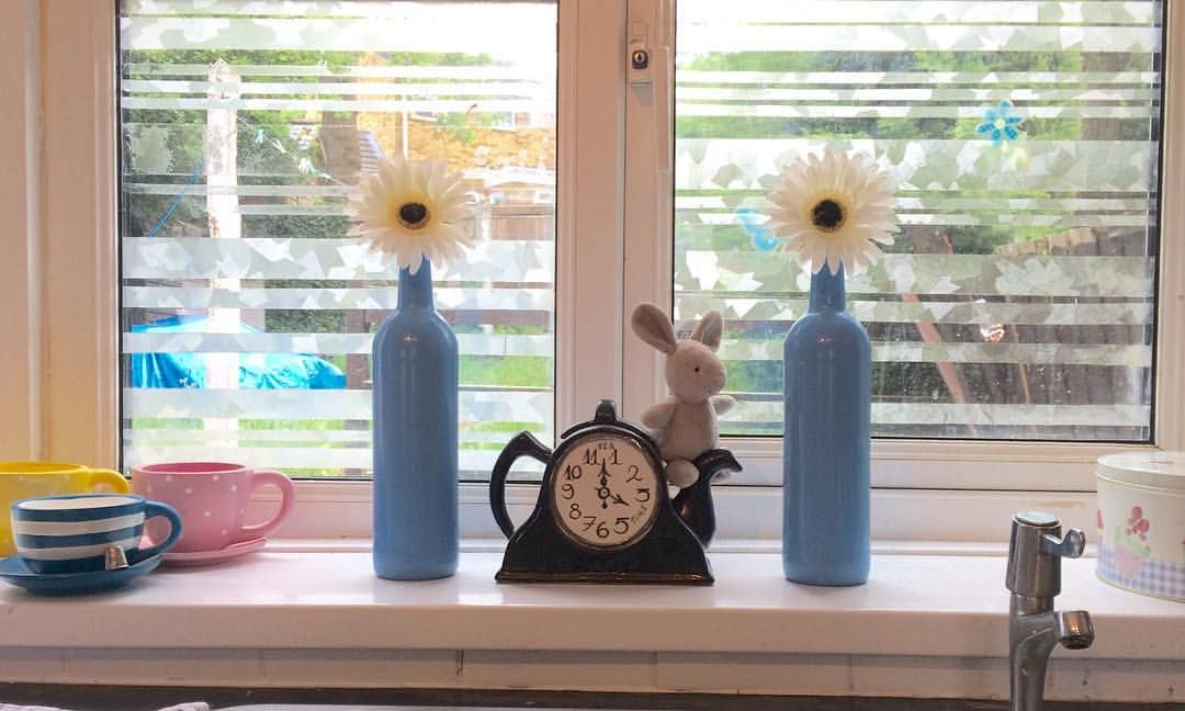 Upcycling Recycle Revamp Made Two Vases Out Of Empty Wine
