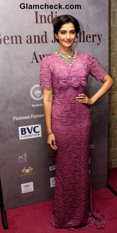 6eca5a453e96 Sonam Kapoor in Dolce Gabbana Lace Dress at 40th India Gem and Jewellery  Awards