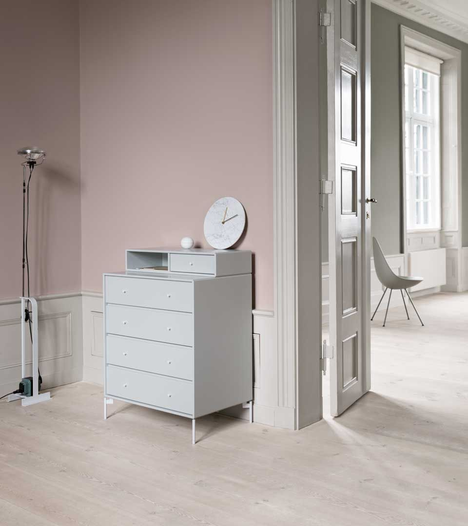 KEEP - chest of drawers from Montana Collection in the colour New White