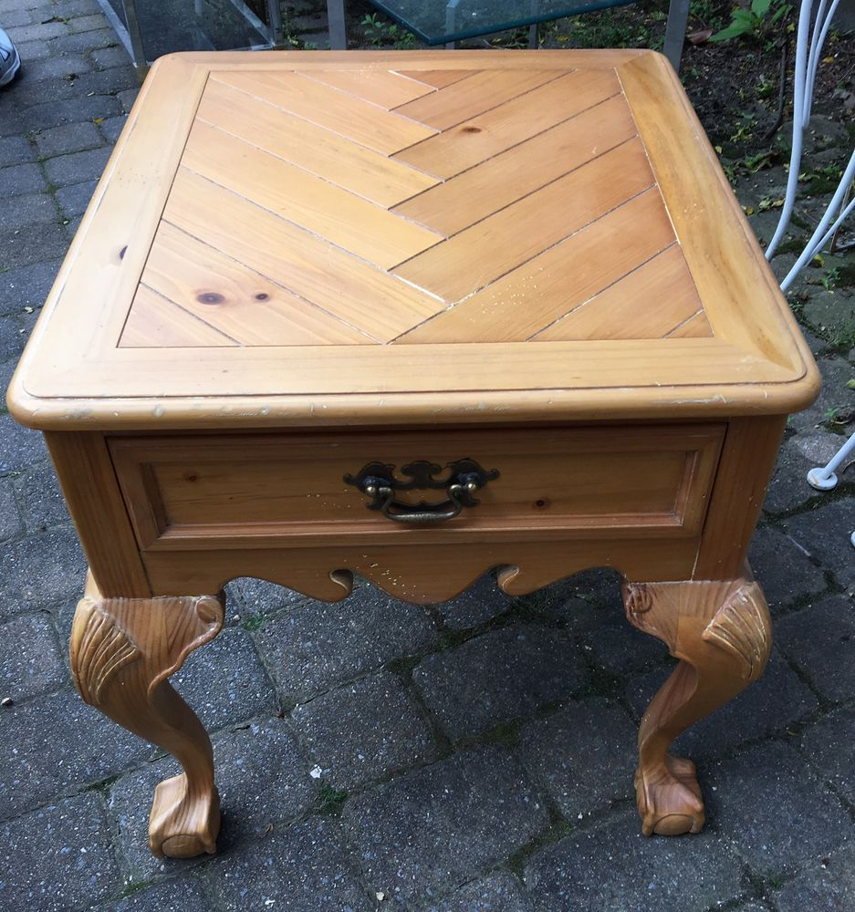 Drexel Adaptations In Pine Side Table End Table Sea Shell Ball & Claw
