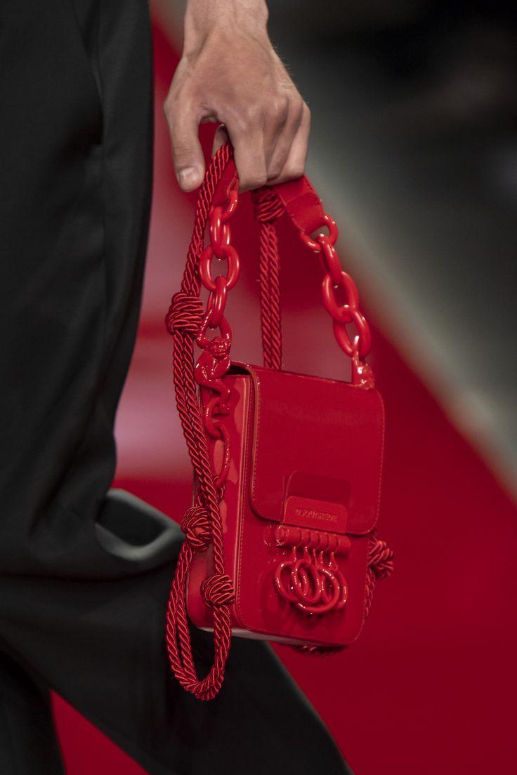 Dsquared2 Spring 2020 Men's Fashion Show Details | The Impression – Accessories & bag & shoes & wallet