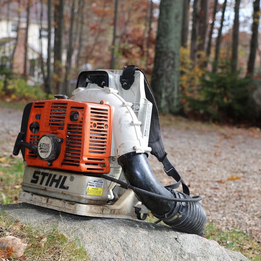 Get More Done With The Stihl Backpack Leaf Blower Manapproved Fall Cleanup Fall Clean Up Backpack Blowers Stihl