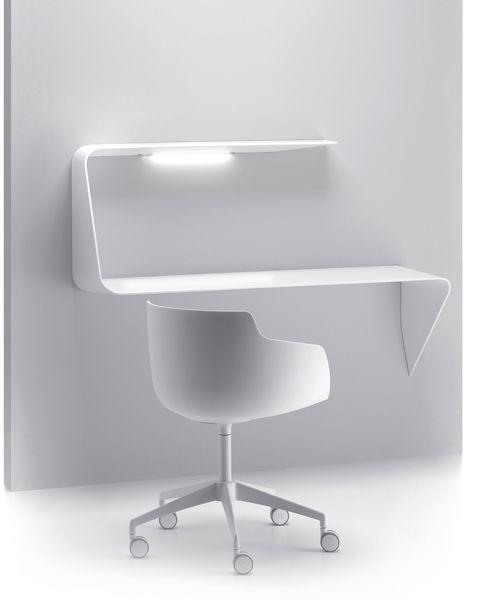 Mamba mdf italia design minimal white chair desk for Minimal home mobili