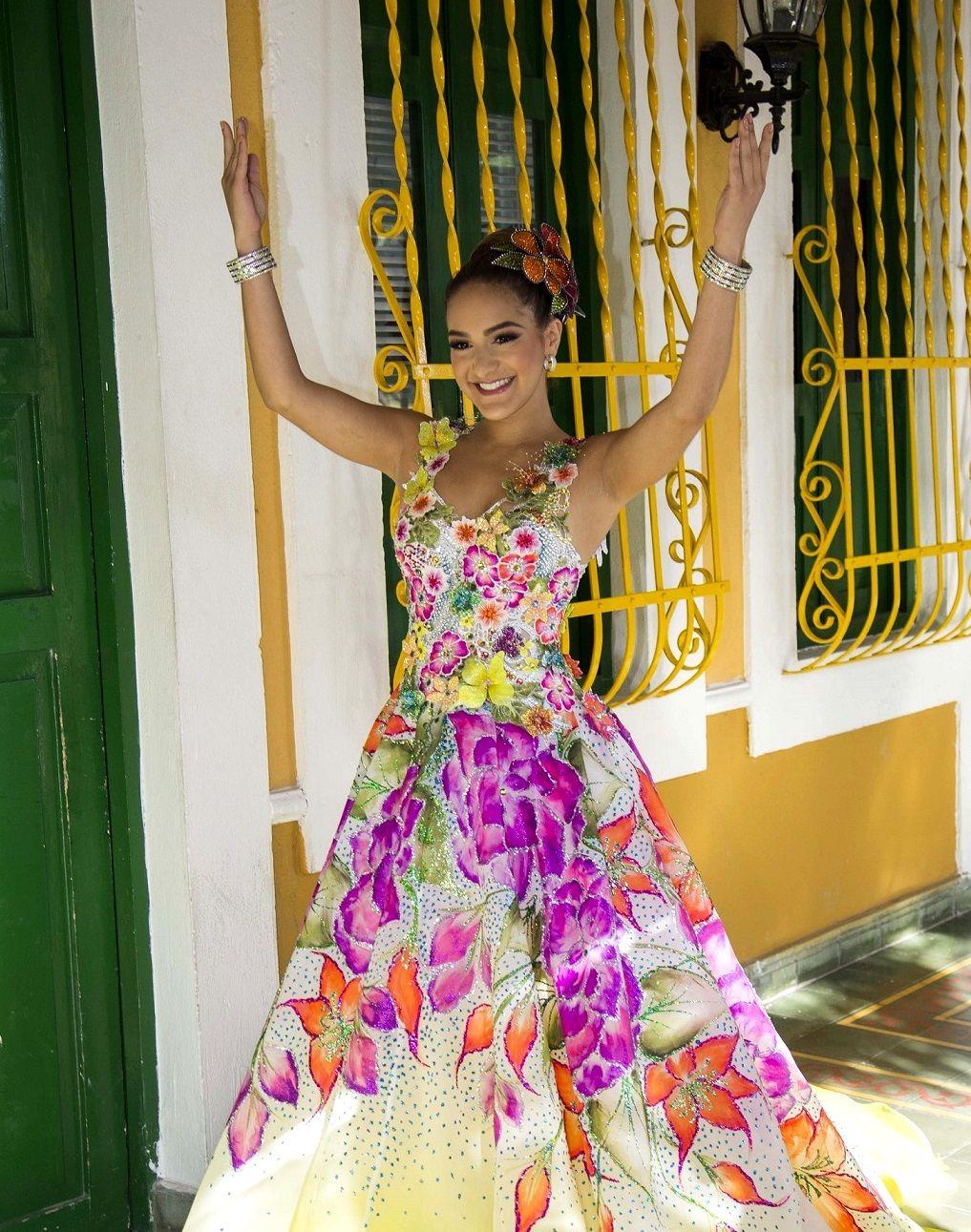 a88708a1c2fa Valeria Abuchaibe, la gran musa del Carnaval – Carnaval de ...