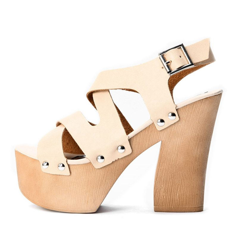 d32f4f6e3232 Kvoll Designer wedges. So cute!