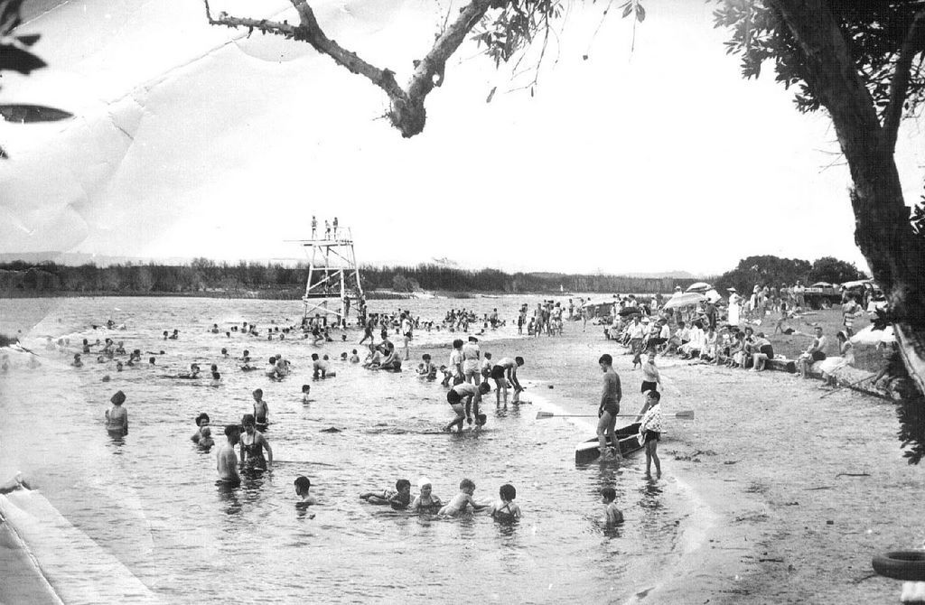 Lake Ainsworth - Lennox Head in the 60's - check out the