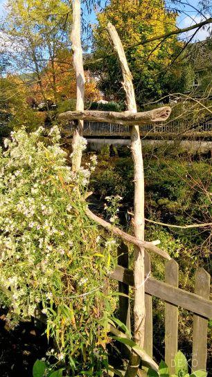 Gartendeko aus treibholz nat rlich deko deko mit for Leiter deko garten
