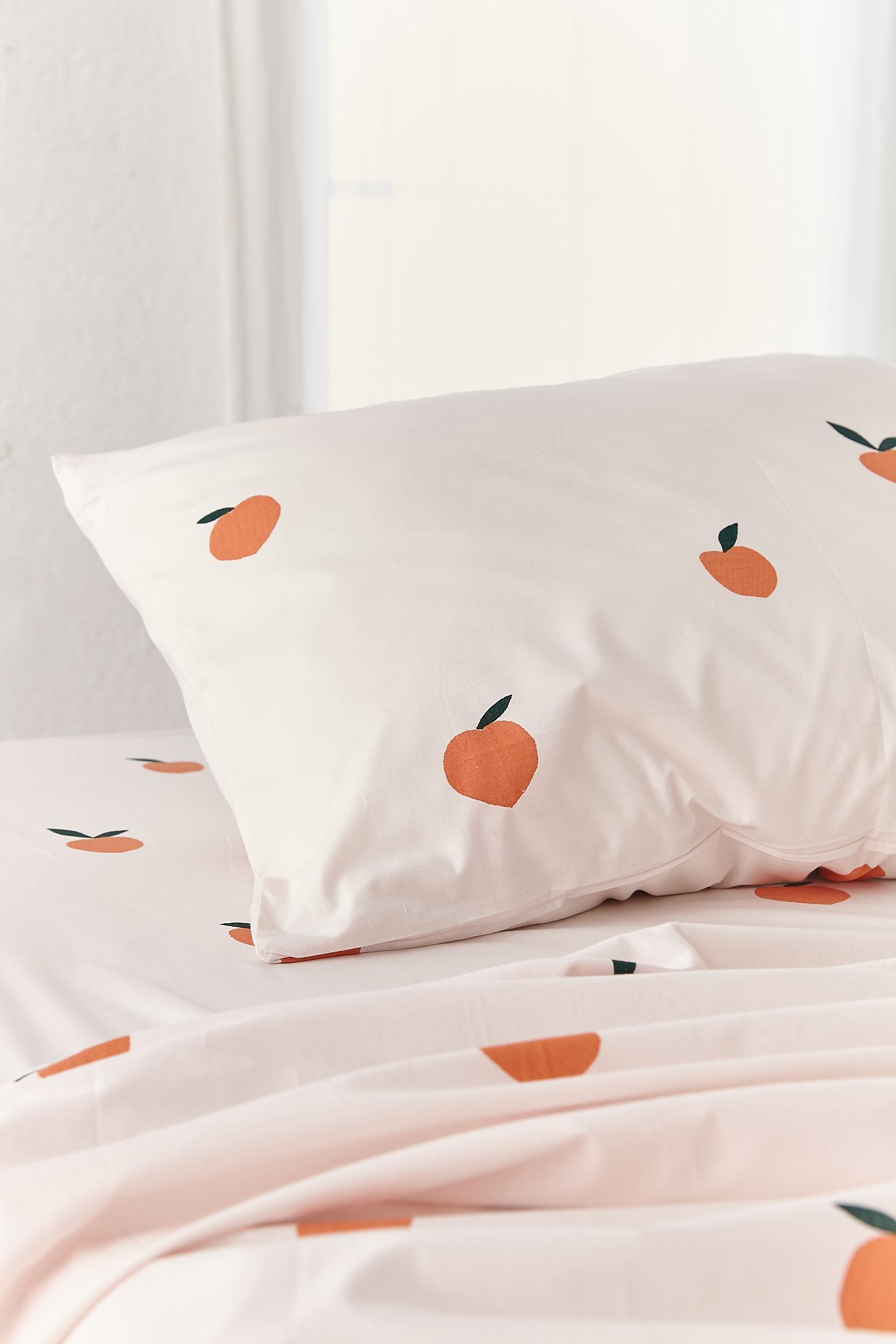 Slide View 3 Allover Fruit Sheet Set