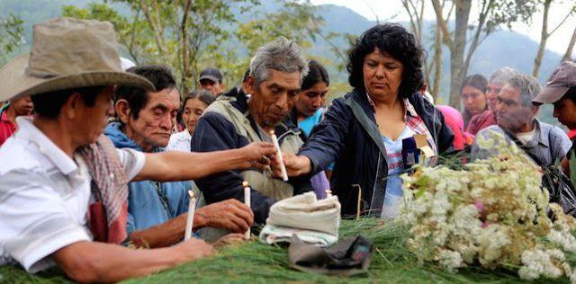 UNA INVESTIGACIÓN CULPA A LAS ÉLITES HONDUREÑAS DE LOS ASESINATOS DE ACTIVISTAS.