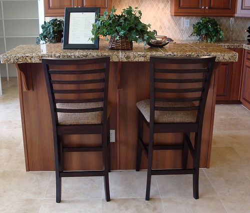 small breakfast nook with bar and stools - Bing Images